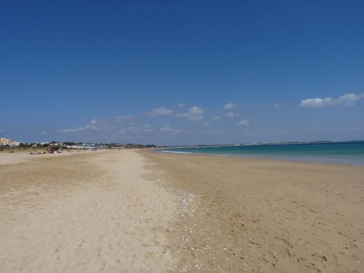 Meia Praia - view towards Alvor