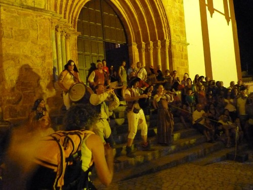 Silves Medieval Fair - Dancers and jugglers entertain us!
