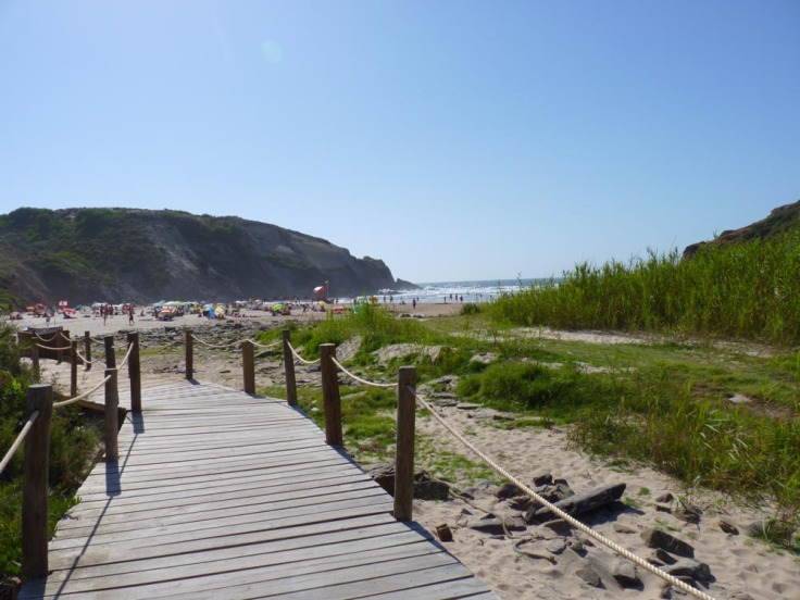 Alentejo: Praia do Carvalhal - View down to beach