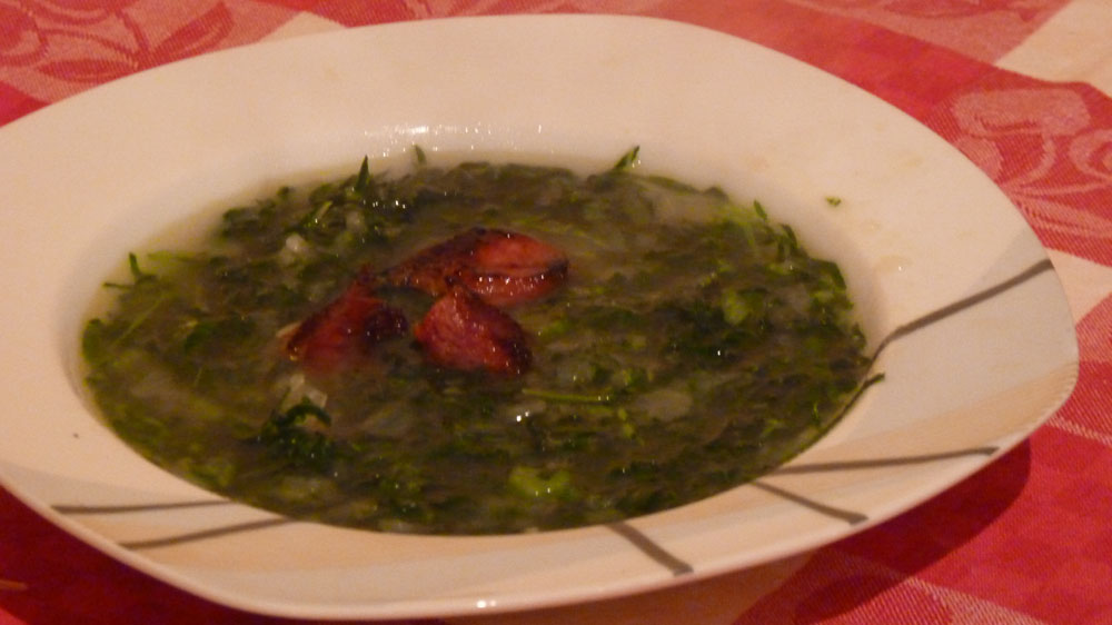 Traditional portuguese cabbage soup caldo verde piglet for Authentic portuguese cuisine