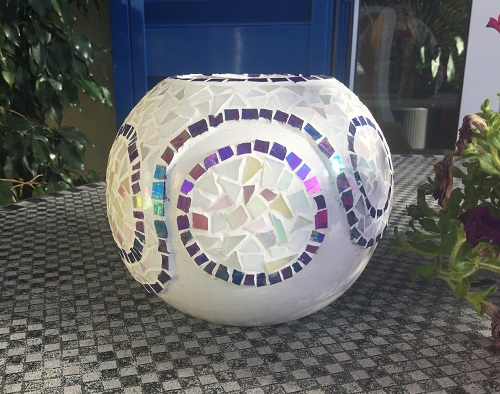 plant pot with mosaic pattern