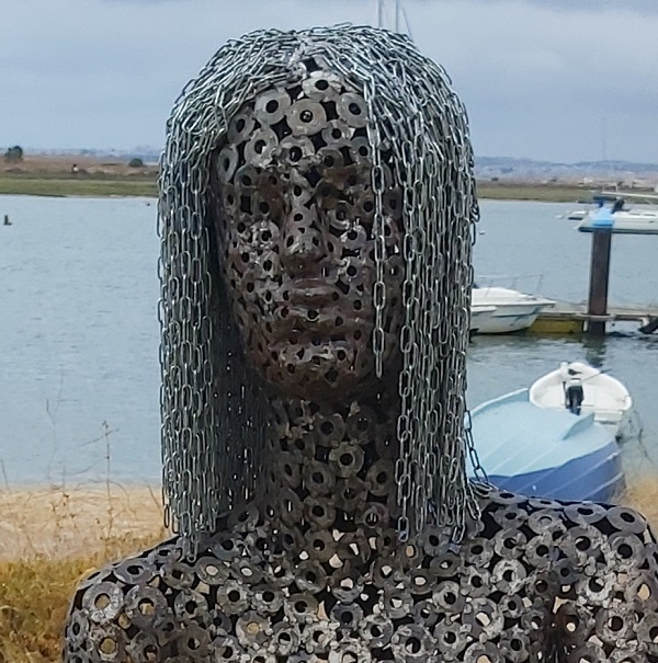 woman Metal Art Sculpure - Alvor