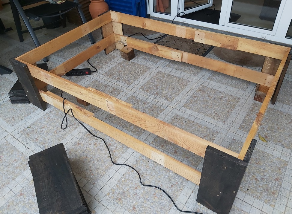 Frame for raised vegetable bed