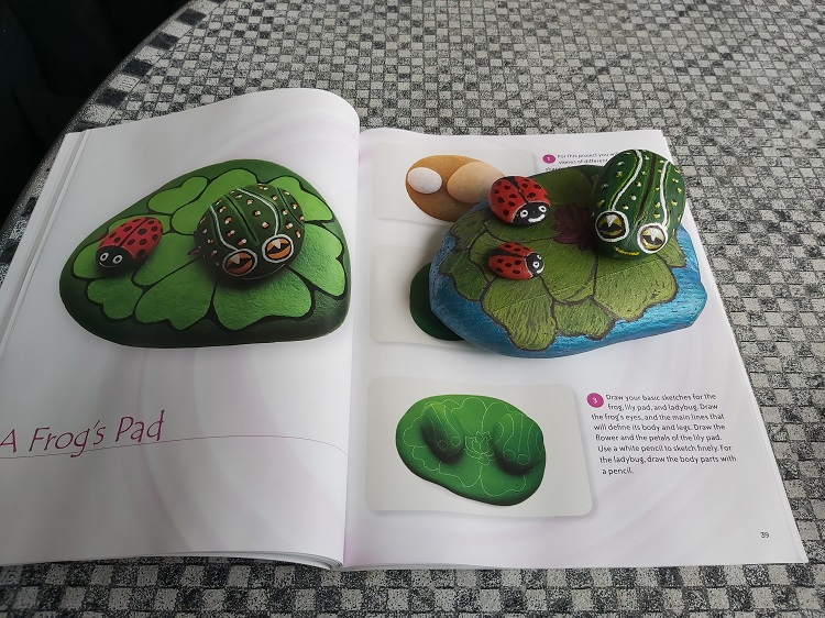 Frog Lily Pad Pebble painting