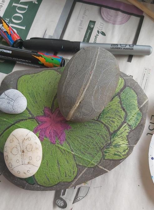 Choosing pebbles and marking up the outline